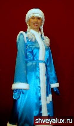 Костюм Снегурочки РУССКАЯ КРАСА. Аксессуары - рукавички, шапочка, косички, пояс.